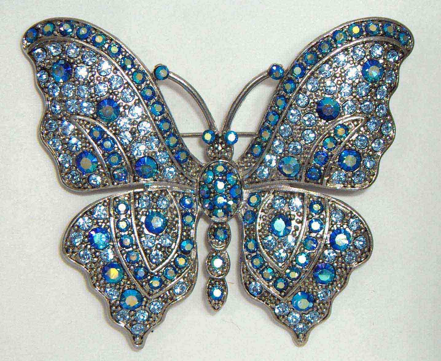 Blue crystal dense butterfly pin